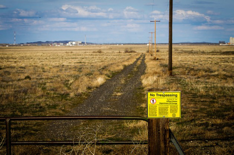 At the perimetre of Hanford Nuclear Reservation in Washington State