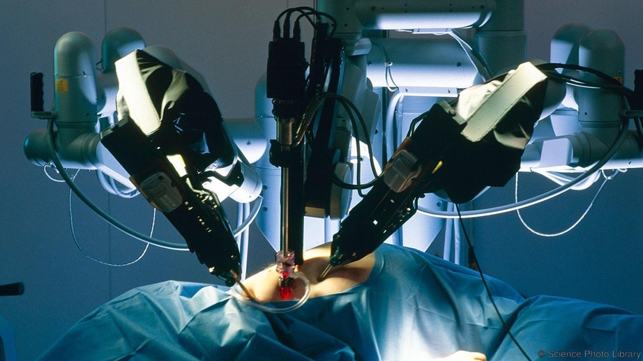 Robot surgeons -Science Photo Library