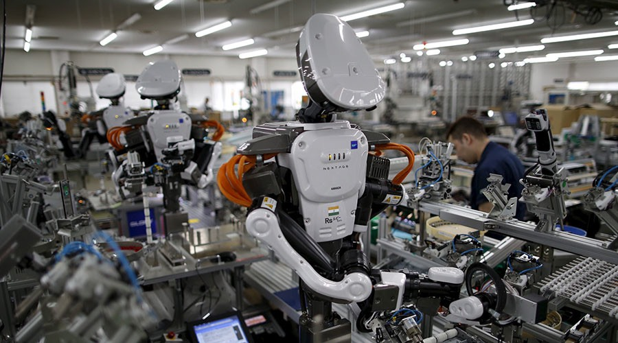 Robot workers -© Reuters