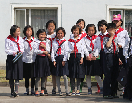 Students in Chongjin North Korea -flickr