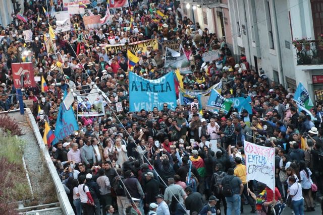thousands who marched in Quito on Tuesday speak for millions of workers and youth all over the world who feel disgust and outrage over the jailing of Julian Assange in the UK